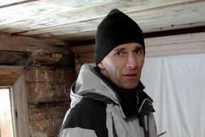 Ärenden med skräpiga tomter är ofta långdragna, enligt byggnadsinspektör Olaf Jung.