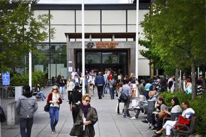 Skadeståndsmål. Mälardalens högskola visar problemen när höga avgifter inte får betalas tillbaka. Foto: VLT/arkiv