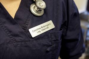 2009 blev Caroline färdig veterinär.