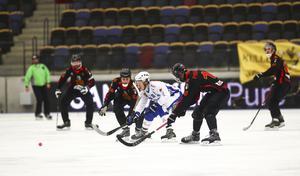 Vänersborg hade det tufft mot Neftyanik på lördagseftermiddagen.