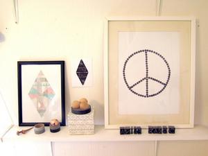 Peacemärket är Elinas bidrag till flyktingkrisen.