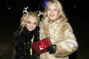 Thyra Lindh och Ester Östberg vann make-uptävlingen, där elva deltagare fanns med i år.