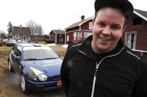 Andreas Israelsson har ärvt intresset för rally av pappa Lasse.