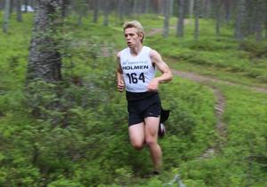 Jesper Persson, Åsarna IK, vann 7 kilometersträckan och knep sin tredje inteckning.