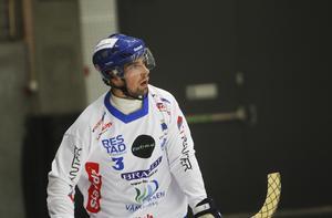 Simon Blomkvist har varit viktig för Vänersborgs defensiv – och belönas med en plats i veckans lag.