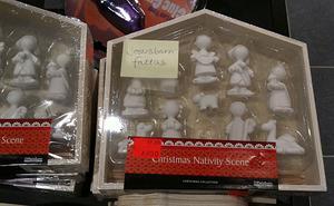 Fotografen tyckte att julen 2010 sammanfattades ganska bra i erbjudandet.