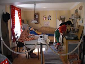En dag på semester var jag och min familj till Wadköping i Örebro.Där så vi bla. Kronbloms kök, som jag tyckte var festligt.