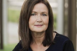 Eva F Dahlgren.