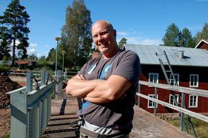 Anders Bruks, miljö- och naturvårdskonsulent har planerat arbetet i Mångbro kvarn.