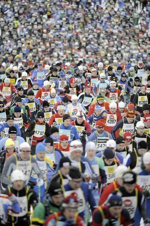 15.000 åkare startade i det 85:e loppet och efter de nio milen var det Daniel Tynell som stod som segrare.