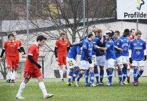 Jakob Melander och hans Sund deppar efter Hofors 1–1.
