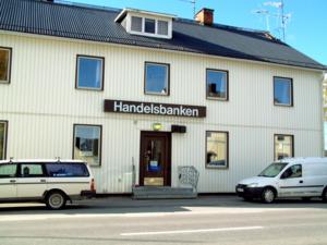 Handelsbankens kontor i Näsåker berörs av sammanslagningarna.