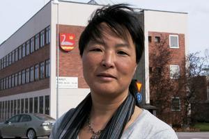 Yoomi Renström (S) har fått klartecken från juristerna på Sveriges kommuner och landsting att en misstroendeförklaring kan riktas mot Björn Mårtensson.