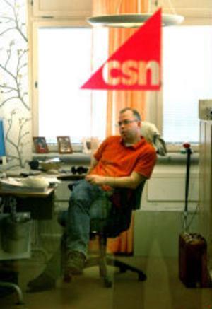 Magnus Fors, presschef på CSN i Sundsvall, menar att CSN ska fixa förbättrade telefontider.