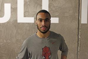 Jämtland Baskets Jabril Durham efter ett gympass med laget, Durham som snittar flest assist av alla i serien.