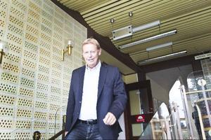 T.f kommunchef Tommy Staaf har fått kämpa med ett sparprogram med ständiga påbackningar inför budget 2012.