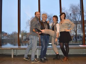 Thomas Sundin, Ola Bergeå, Kathis Karlsson Nordqvist och Isabell Boväng glädjer sig åt ett miljövänligt samarbete.
