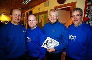 Leif Sätter, Anders Lööf, Jan-Olov Nässén och Mikael Ljungberg. Fyra VM-silvermedaljörer från 1994 som gör comeback när Curling-SM startar i Östersund i dag.