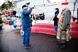 Benny Karlsson passade på att ta en bild på Tomten.