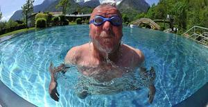 Att fylla poolen med vatten är betydligt dyrare i Norberg än i Västerås.