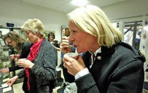 Camilla Evertsson, närmast, hade hört talas om Kaffebönans kaffeprovningsevenemang innan hon tog med sig kollegorna för några timmars smaksamarbete.