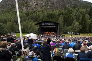 Över 3 750 personer kom till Skule för att se Jerry Williams.