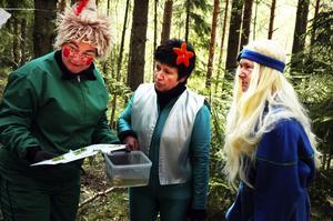 Kompisar. Skogsmulle fick god hjälp av Laxe och Fjällfina som också var med och ordnade kalaset.