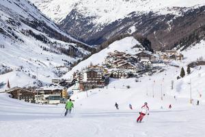 Den österrikiska skidorten Obergurgl är både snösäker och familjevänlig.   Foto: Shutterstock.com