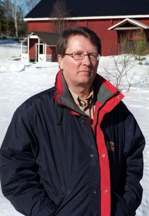 Gunnar Grenholm företräder markägare som har skog vid Järnblästen norr om norra Delle.