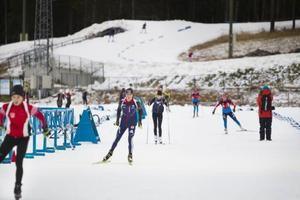 Ett femtiotal elitåkare från flera olika nationer tränar i Östersund nu.