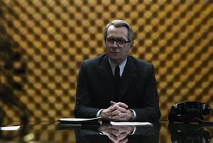 Gary Oldman som George Smiley. Helt suverän som cool jägare efter en mullvad i hjärtat av den brittiska underrättelsetjänsten.