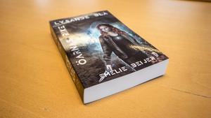 Boken som Emelie har skrivit heter
