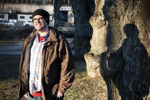 Genom föreningen Hjärnkoll har Janne kommit i kontakt med andra som har liknande problem.