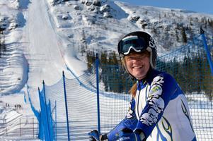 Rättviks Britta Backlund tog silver i S1-klassen för damer. Hon var mindre än en kilometer i timmen från guldet.