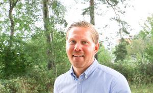 Det blir billigare att bygga nytt än att bygga om Multekhuset till vårdboende, tror Andreas Brorsson, S.