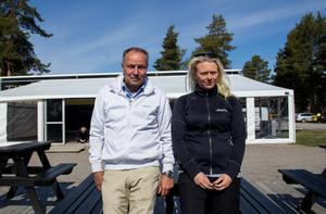 Thomas Gunnarsson och Jennie Eriksson, Stenö Camping, är glada att det hunnit lösa sig med  någon som arrenderar restaurangverksamheten på Stenö i sommar.
