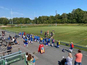 90 barn deltog i turneringen Nifenmixen. Foto: Privat