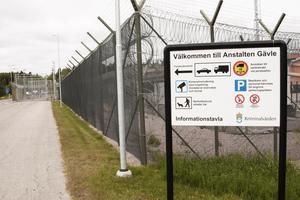 Gävleanstalten är ett klass 2-fängelse med inriktning mot klienter som har problem med alkohol, droger och spel.