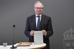 Särskilde utredare Gudmund Toijer presenterade utredningen En moderniserad arbetsrätt den 1 juni. Foto: Fredrik Sandberg/TT