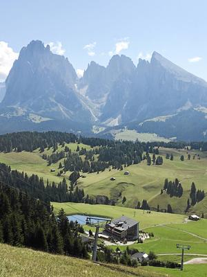 Hisnande vackert i Ortisei i norra Italien på drygt två tusen meters höjd.