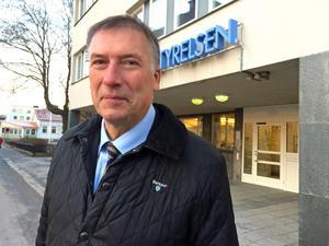 Avgående landshövding Gunnar Holmgren skrev sig med självklarhet i Härnösand.