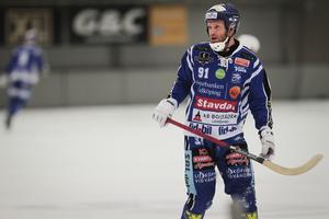 Esplund har gjort fyra mål och tre assist efter tre seriematcher.