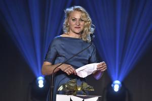 Maria Sundbom tilldelades priset för bästa kvinnliga huvudroll på Guldbaggegalan.
