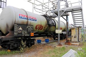 2017 började en tankvagn på ett tåg läcka saltsyra i Alby, Ånge kommun. Saltsyran omvandlades i luften till hälsofarlig gas och området runt om spärrades av. Bild: Caj Kallmalm