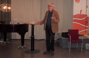 Stefan de Vylder talade hos Senioruniversitetet i Hudiksvall.