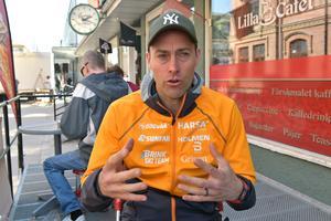 Efter karriären blir det fortsatt träning, coaching och skogsarbete för Jörgen Brink.