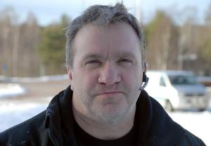 – Rättviks jaktvårdskrets har  säkert satsat över 20 000  kronor på stödutfodring av rådjur i vinter, berättar Bengt Stoor.