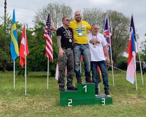 Marcus Pehart blev nummer ett på distansen tre meter i en internationell tävling i Italien. Han tävlade som enda svensk och slog tidigare guldmedaljörer. Foto: Privat