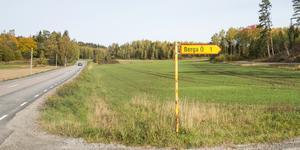 Berga ö ligger i norra Nykvarn, vid sjön Turingens västra strand.