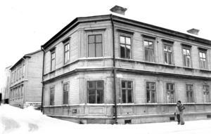 Storgatan 55 var länge hotat men rustades i stället upp på 1980-talet.